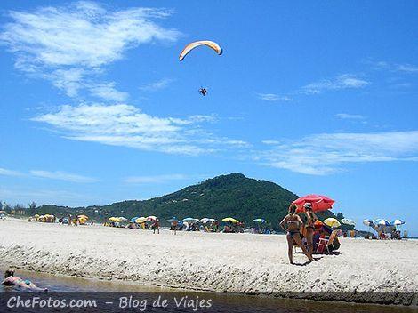 Playa de Ferrugem, Río da Barra