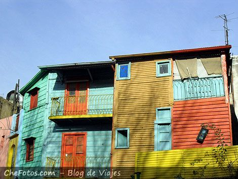 Foto típica de caserío en Caminito