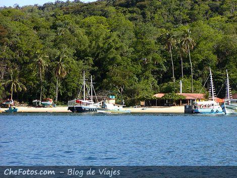 Playa de Japariz, parada de almuerzo