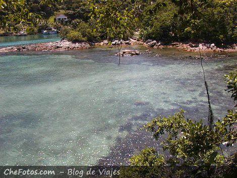 Laguna Azul, la perla de Isla Grande