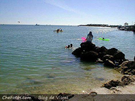 La Sirena y el Mar a pasos de Overseas Hwy