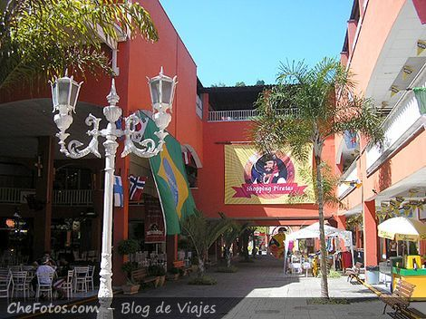 Shopping en Angra Dos Reis Piratas