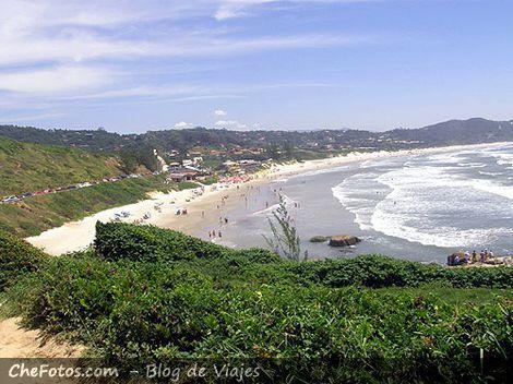 Panorámica Praia do Rosa Brasil