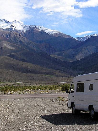 Recorriendo el sur de Mendoza en la MB180