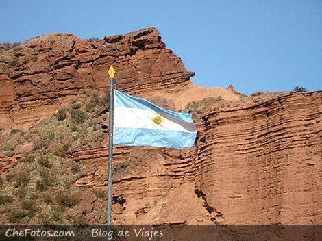 Bandera Argentina en el Parque Nacional