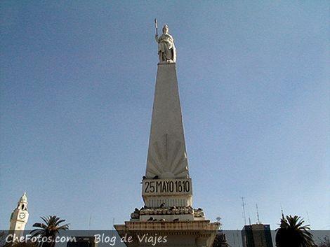 La pirámide de Plaza de Mayo, Buenos Aires