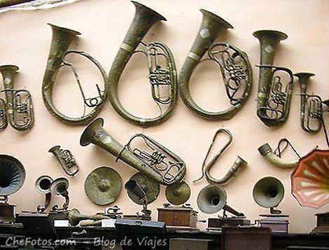 Instrumentos de viento exhibidos en Rocsen
