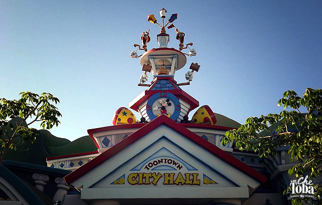 city-hall-disney