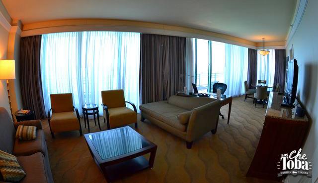 living-suite-corner