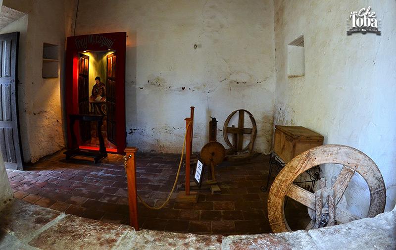 interior-casa-esquiu