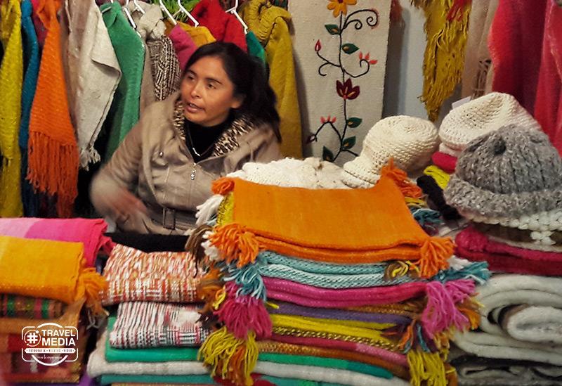 Tejidos artesanales en la fiesta del Poncho