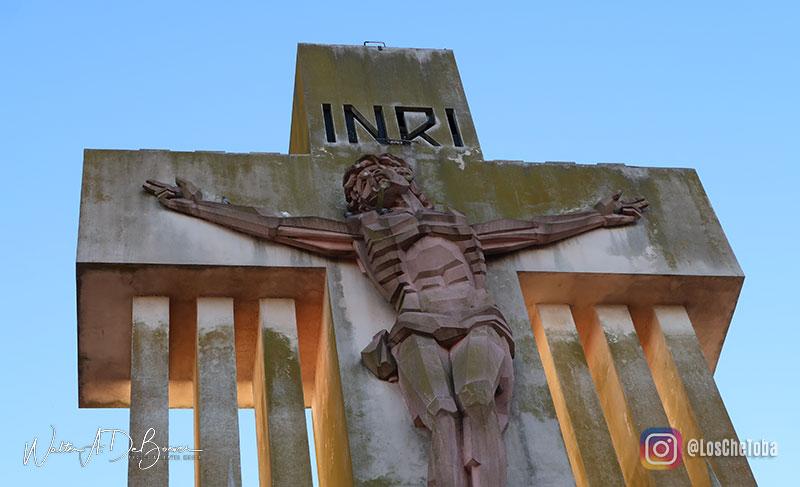 Cristo de Salamone en Laprida