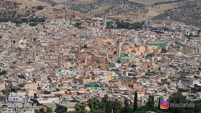 Vista de la ciudad de fez desde la fortaleza