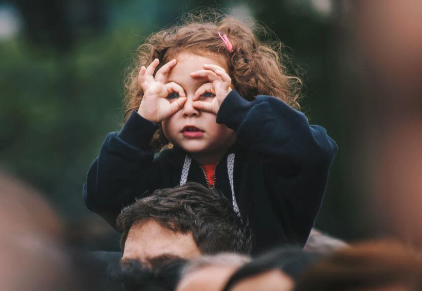 niños curiosos