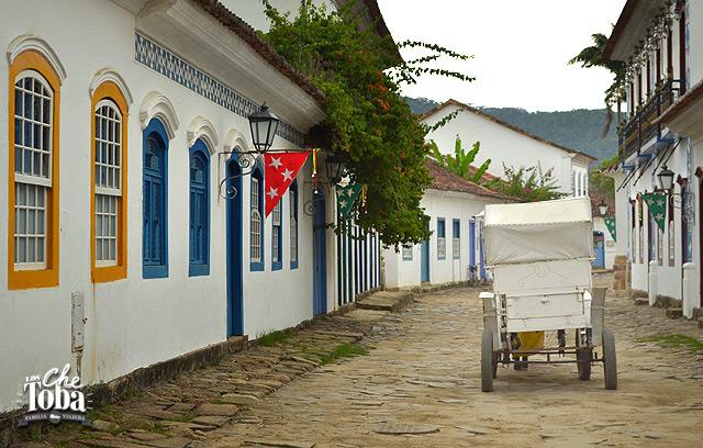 Carruajes en Paraty Colonial - RJ - Brasil