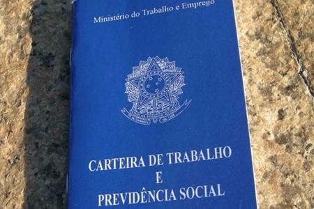 carteira-de-trabalho-libreta-de-trabajo-brasil