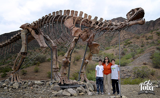 dinosaurio-ruta-150-san-jua