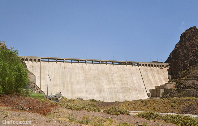 Represa embalse Valle Grande Mendoza