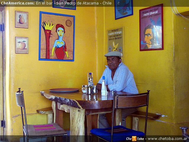 Bar San Pedro de Atacama, señor al tono