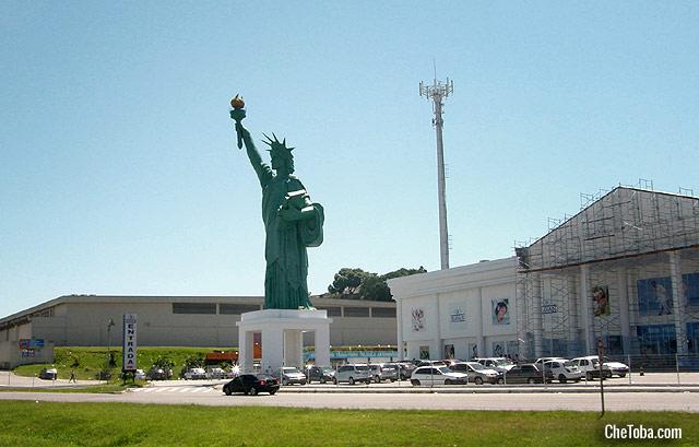 Estatua de la Libertad Floripa