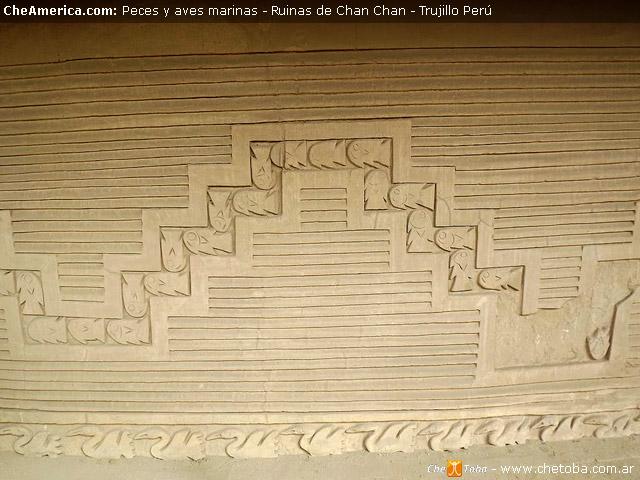 Gravados en las paredes de barro de Chan Chan Perú