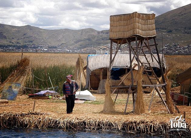 habitantes-los-uros-titicac