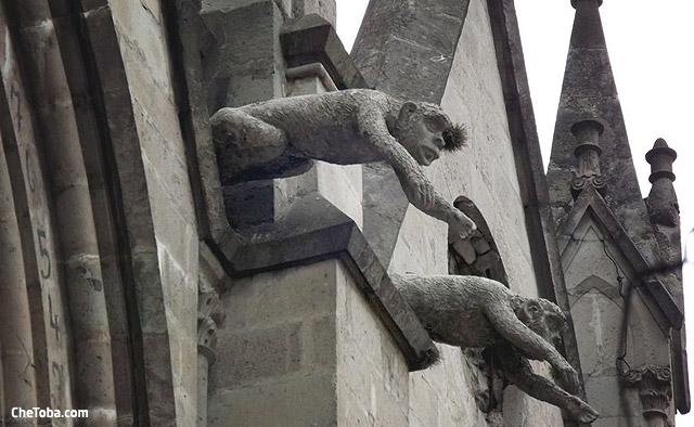 iglesia-gargola-quito
