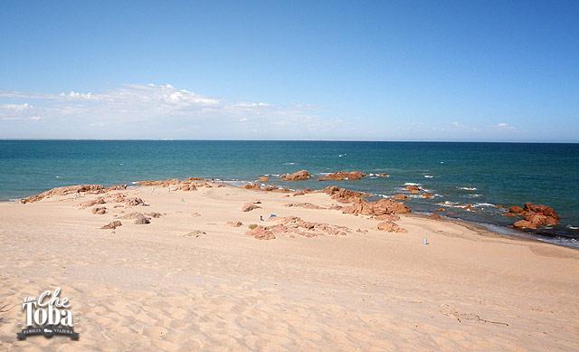 Las Grutas Playa Piedras Coloradas