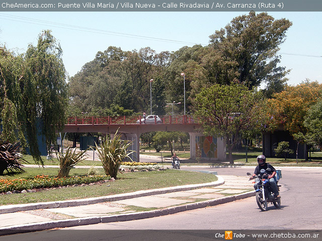Puente Av. Carranza une Villa María con Villa Nueva