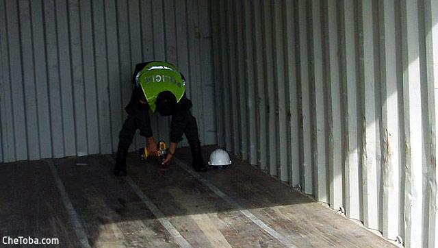 revisndo-piso-container