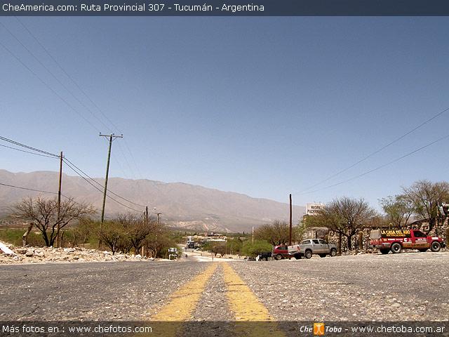 Ruta 307 en Tucumán, cerca de la unión con la Ruta 40