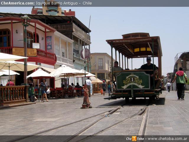 Viejo Tranvía convertido en Plazoleta